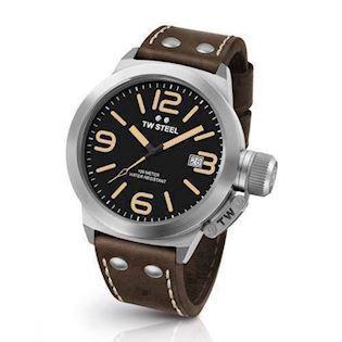 Canteen 45 mm sort Quartz Herre ur fra TW Steel